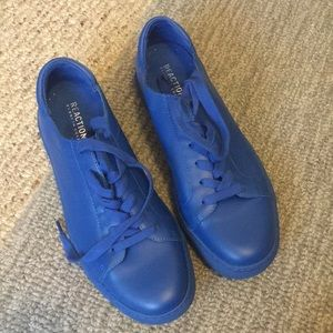 Kenneth Cole fashion sneakers leather 8.5